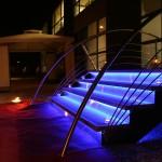 Escalier design pierre bleu & led