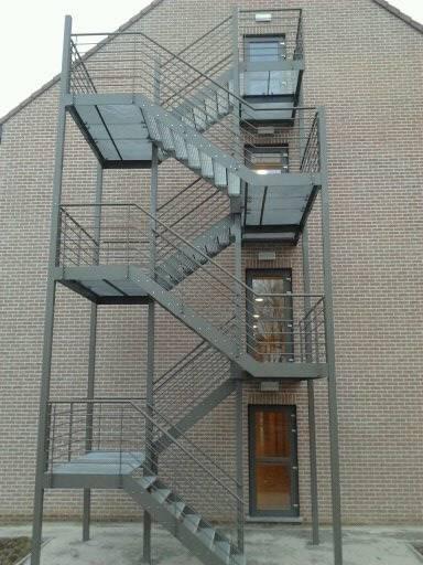 Escalier de secours VDV