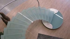 Escalier design VDV inox et verre